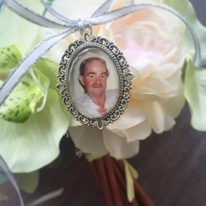 Large Oval Memory Charm, memory charm, photo charm for bridal bouquet