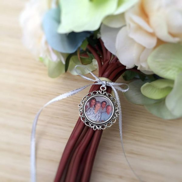 wedding bouquet memory charm, photo locket, bridal bouquet charm