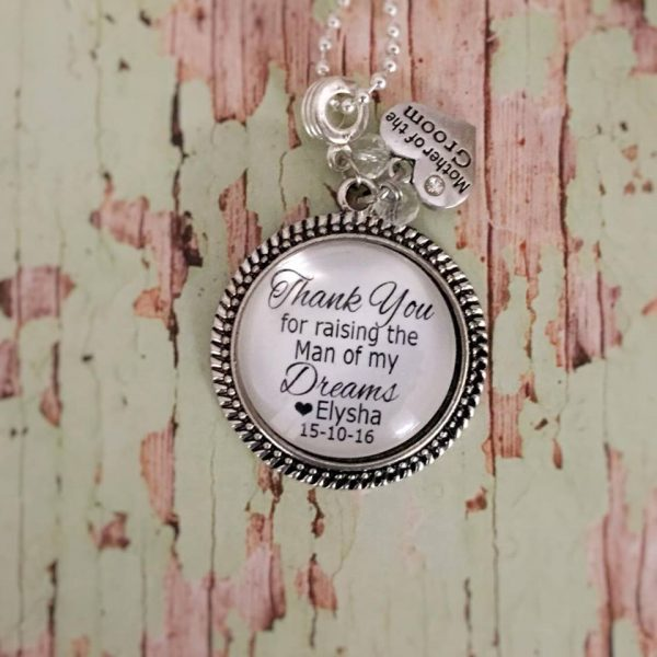 parent in law wedding gift, gift for mother in law, mothers day gift, personalised gifts Australia, personalised key rings