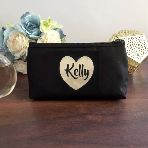 heart makeup bag, personalised makeup purse, wedding gifts australia, all things bridal, bridal party gifts