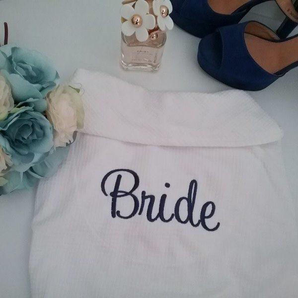 wedding day robes, personalised wedding robes, custom bride robes, personalised robe Australia