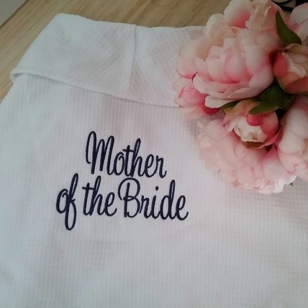 mother of the bride gift, mother of the bride robe, personalised robes for bridal party, wedding party robes Australia