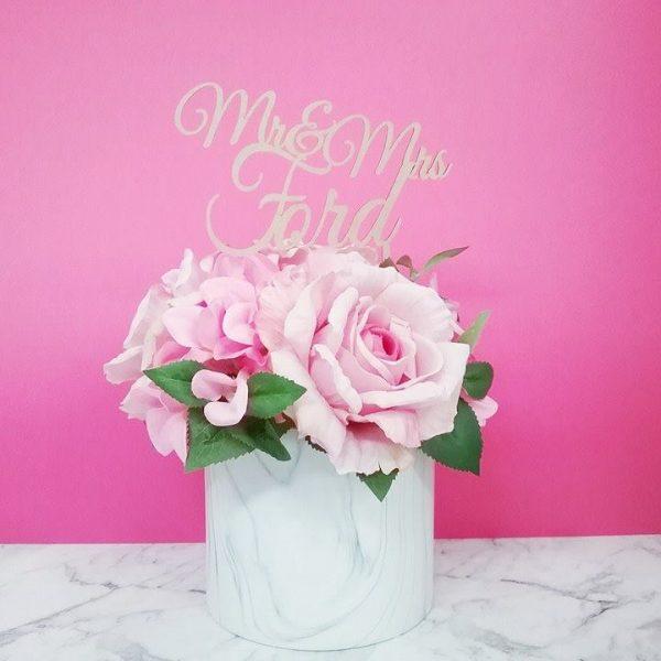 Mr & Mrs Script Wedding Cake Topper, Elegant wedding cake topper, personalised wedding cake topper Australia
