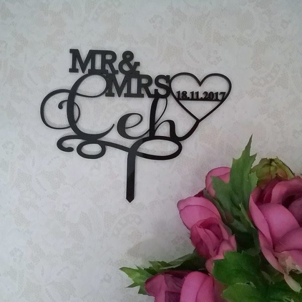 Wooden Cake Toppers, Personalised Custom Made Acrylic CAke Toppers, Mr & Mrs Custom Surname Cake Topper