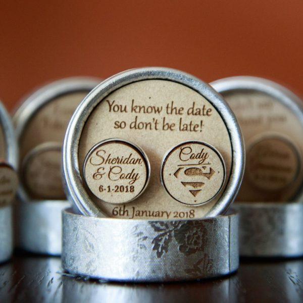 don't be late gift, groom gift, groom personalised cufflinks, cufflinks personalised for groomsmen