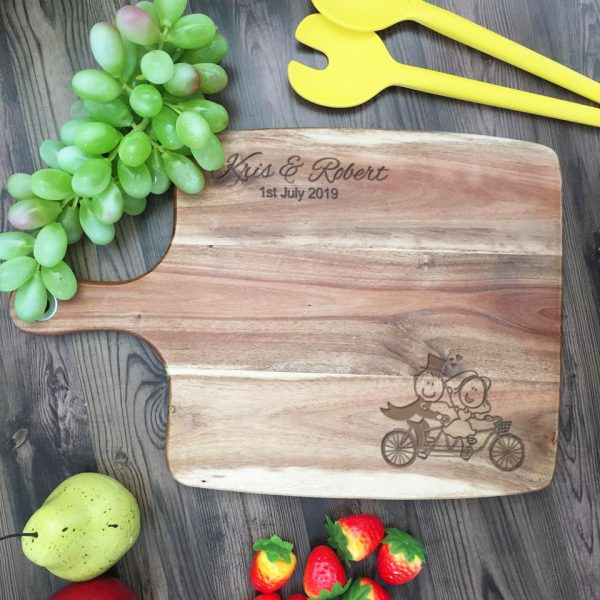 Housewarming Gift, Personalised Gift for Bride & Groom, Cheese Board with Names, Cheeseboard personalised for wedding