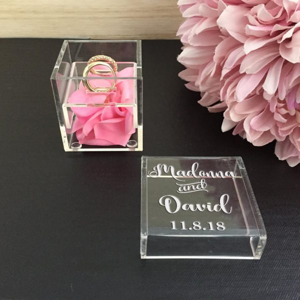 Wedding Gift for Couple,  Ring Box personalised with names, Beautiful Ring Box, Glass Ring Box